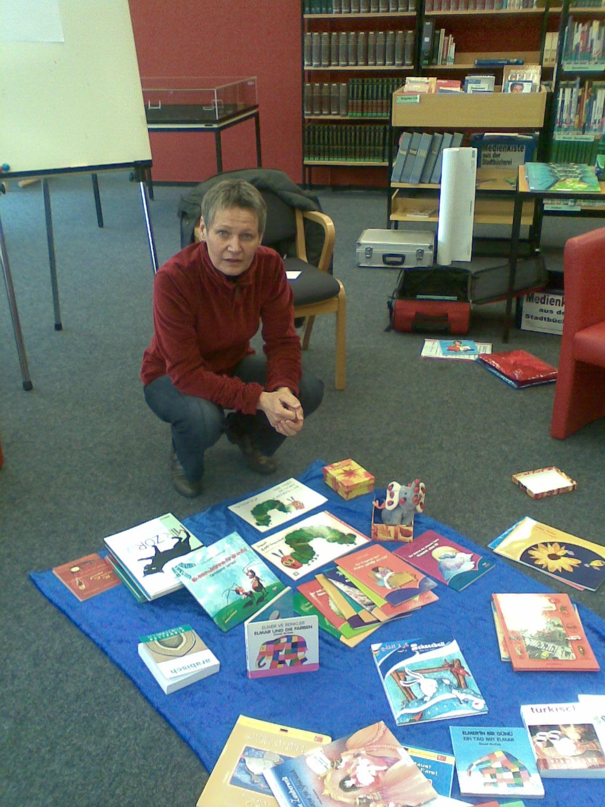 Karin Kotsch referierte über Erzählenund Vorlesen in zwei Sprachen